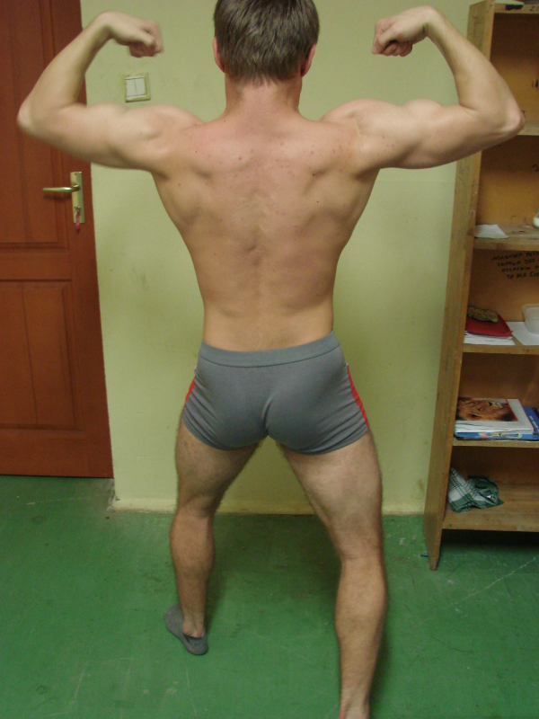 bicepsy tylem.JPG