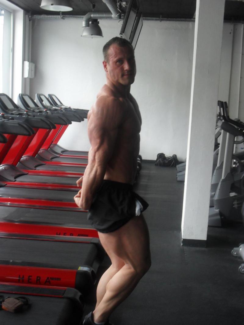 triceps bokiem.JPG